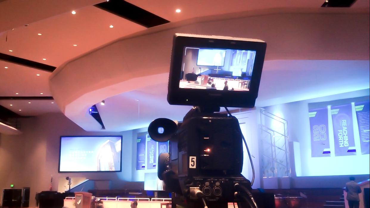 Telecamera con monitor per riprese video in diretta streaming live sul web