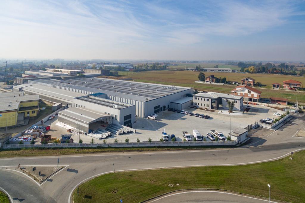 fotografia da drone di una azienda